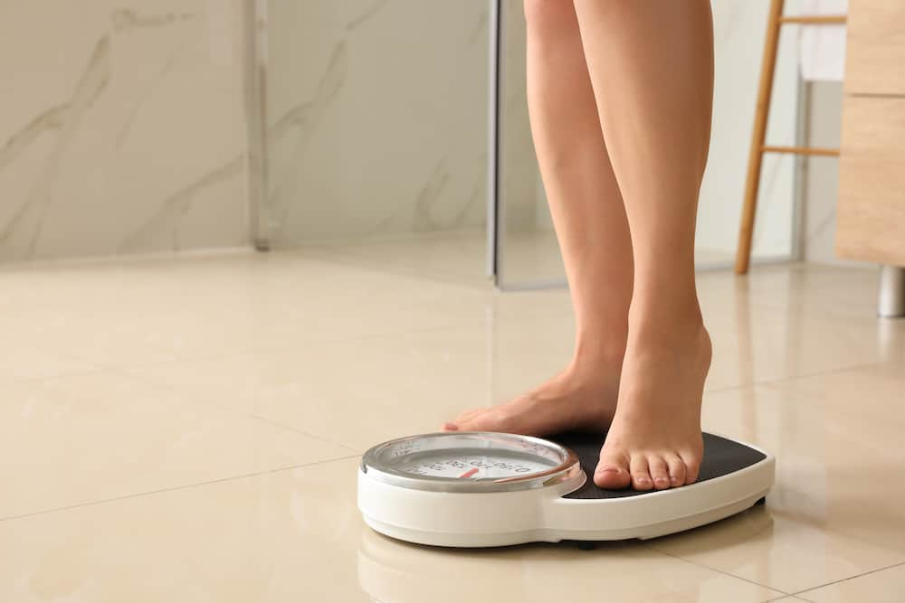 does humidity affect bathroom scales
